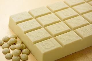 Harga Coklat Putih Semua Merek dan Kemasan Lengkap