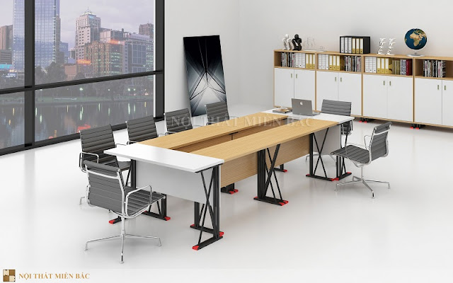 Chiếc bàn họp nhập khẩu này sở hữu gam màu sắc ấn tượng hai bên đầu bàn là tone màu trắng, ở giữa chiếc bàn là tone màu vàng tươi sáng tạo cho không gian sự nhẹ nhàng