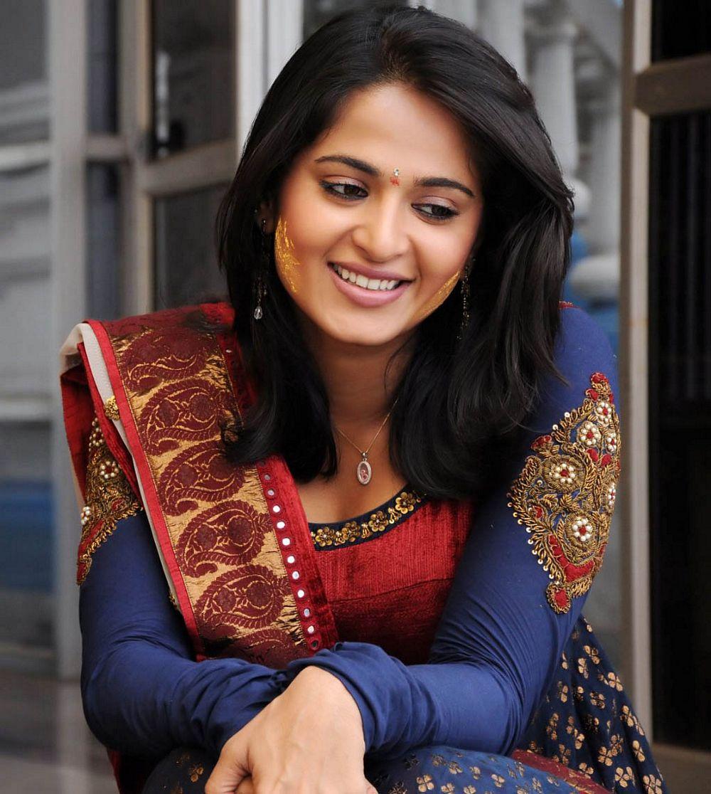 Actress AnushkaShetty Latest Images