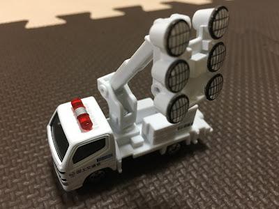 トミカの照明車