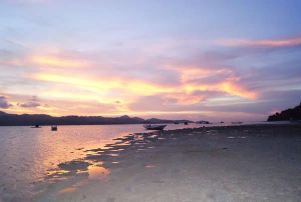 Review Bahari : Eksotisme Pulau Noko Selayar Bawean Gresik