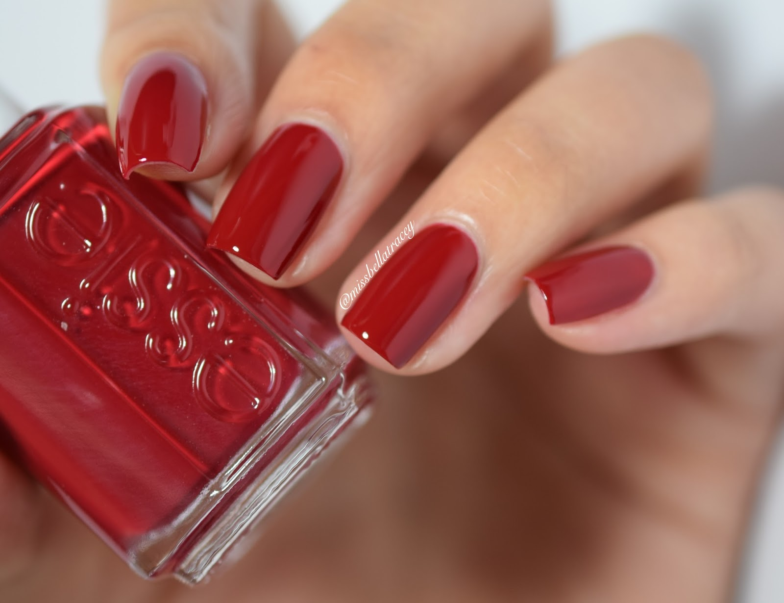 MissBellaTracey: Essie - Virgin Snow Winter 2015 ...