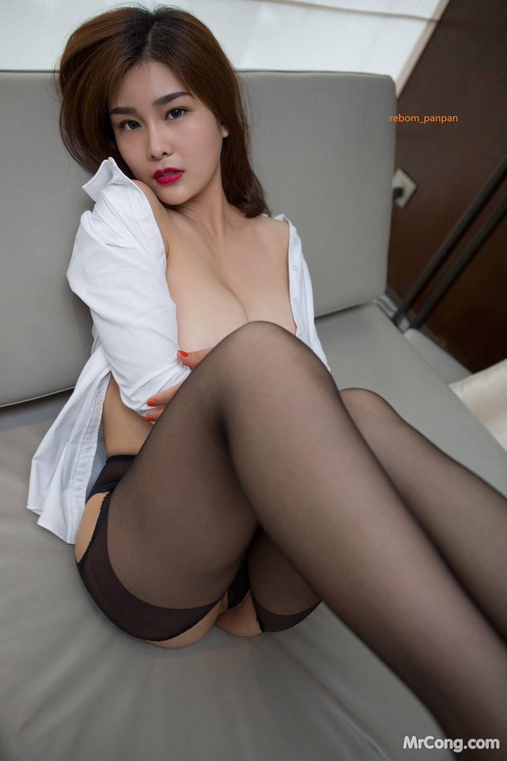 Image Yan-Pan-Pan-Part-4-MrCong.com-026 in post Người đẹp Yan Pan Pan (闫盼盼) hờ hững khoe vòng một trên giường ngủ (40 ảnh)