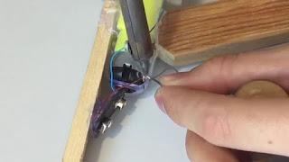 Cara Membuat Mainan Pistol Otomastis Peluru Karet