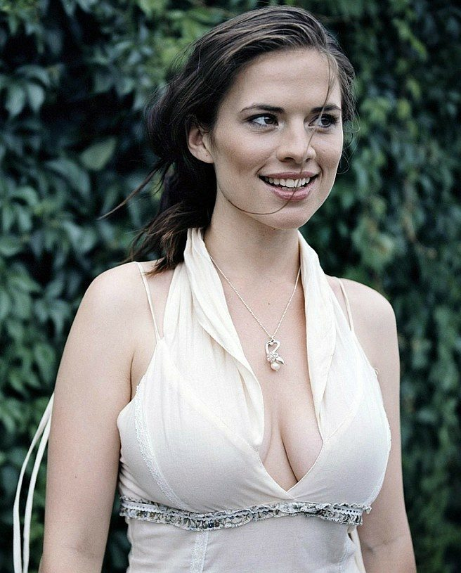 Hayley Atwell Looks Hot in White Outfit