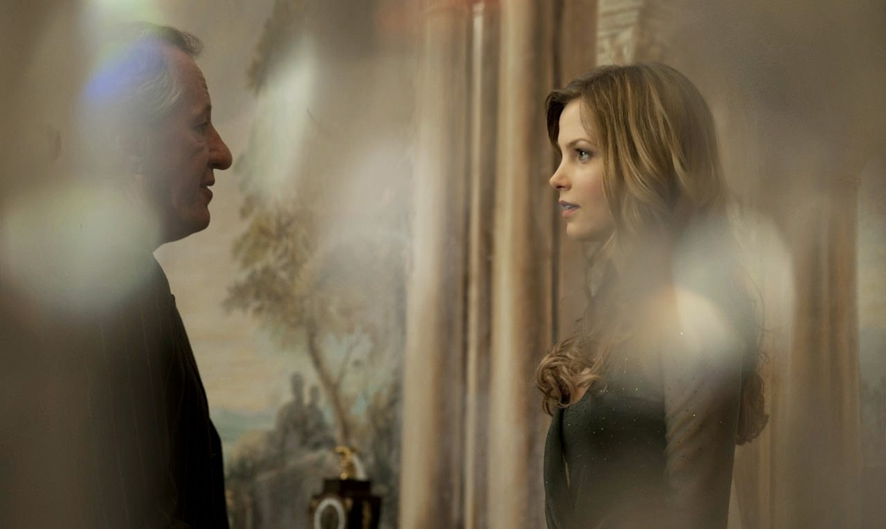 the best offer geoffrey rush sylvia hoeks