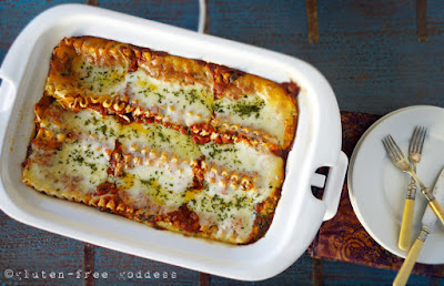 Slow cooker cheesy lasagna with ground turkey- gluten-free.