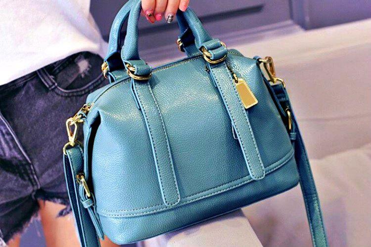 El çantası en önemli aksesuarlardan biridir ve kıyafetlerinize gösteriş sağlar.