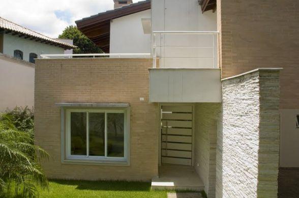 fachadas-de-casas-simples-e-pequenas-13