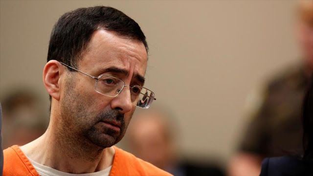 Exmédico de selección de EEUU abusó de 130 mujeres y niñas gimnastas