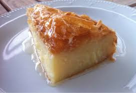 Galaktaboureko ( bizdeki Laz böreği)