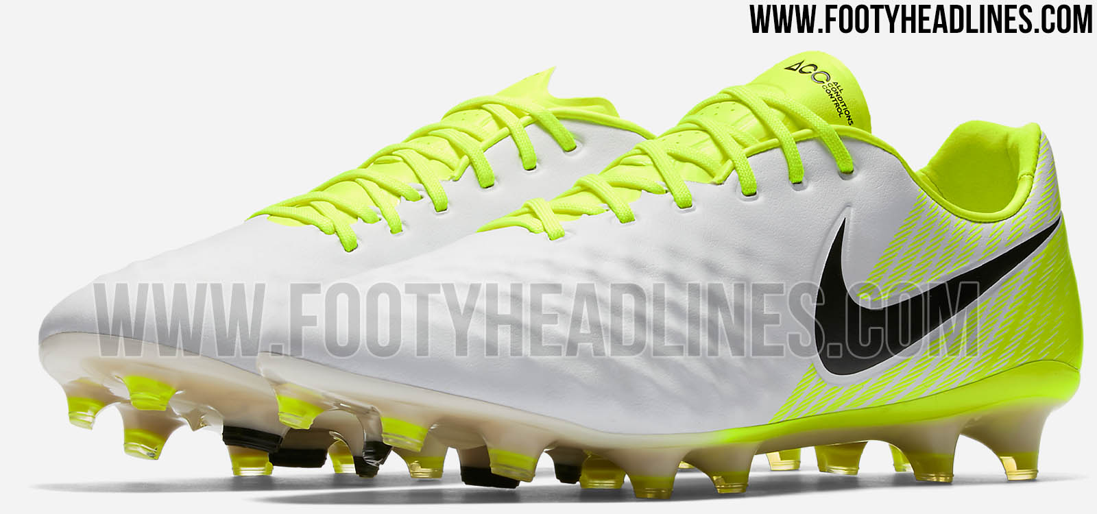 bafdaee5917 ... these new Nike Magista Opus II cleats form part of the March 2017  Motion Blur pack and are the first to feature the brand-new upper.