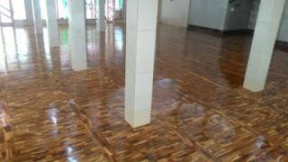lantai solid kayu