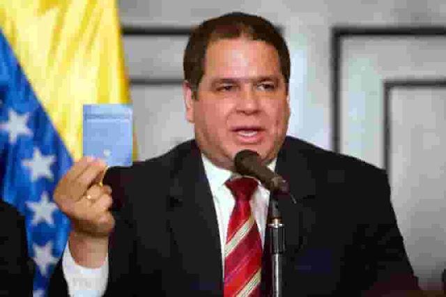 Florido sugiere que pedirán apoyo de fuerzas militares de EE.UU. y Colombia para aplicar destitución de Maduro por tribunal ambulante en el exilio