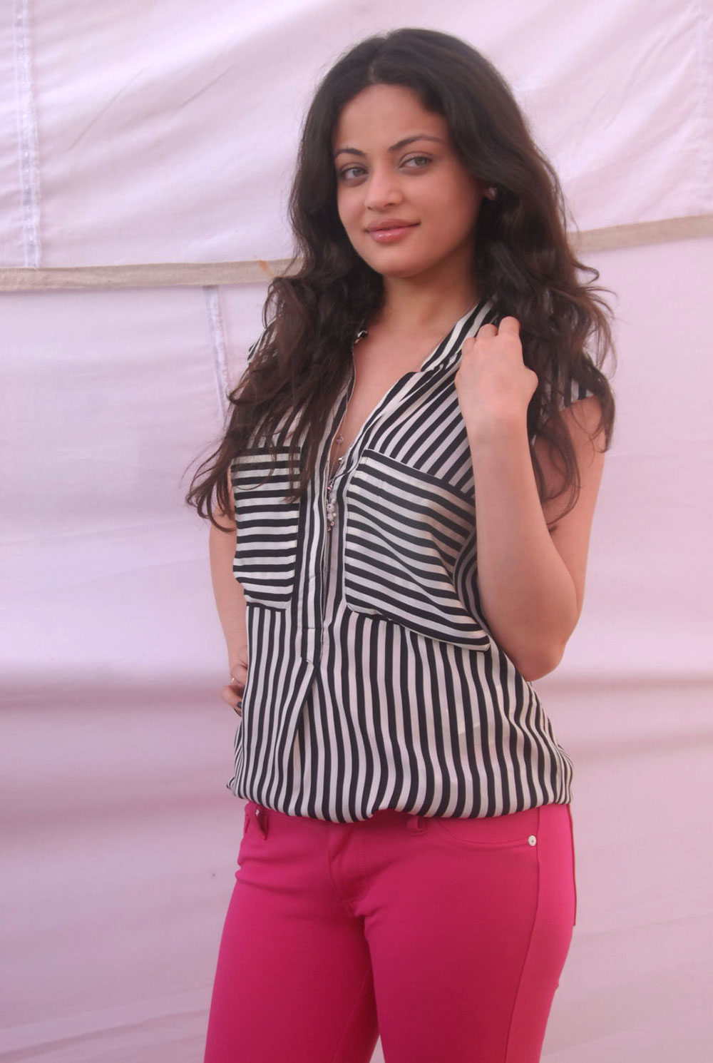 fair foxy Sneha ullal latest photos at anta nee mayalone opening