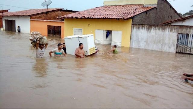 Chuva causa alagamentos e transtornos em diversas cidades do Maranhão