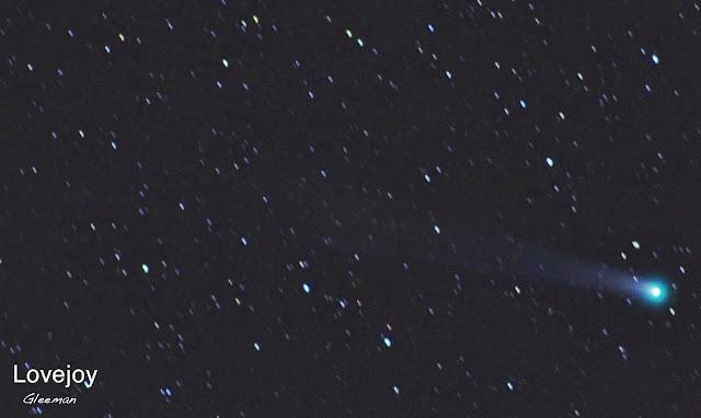 從小觀音山昇起的Lovejoy 彗星 / Pentax O-GPS1