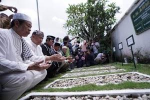 Ziarah ke Makam KH. Ahmad Dahlan, Sandi Berharap Muhammadiyah Dapat Menjadi Mitra Pemerintah
