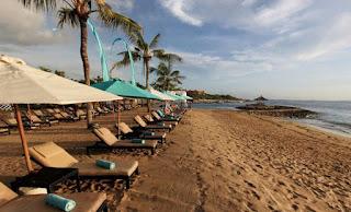 http://www.teluklove.com/2017/02/destinasti-objek-wisata-pantai-samuh-di.html