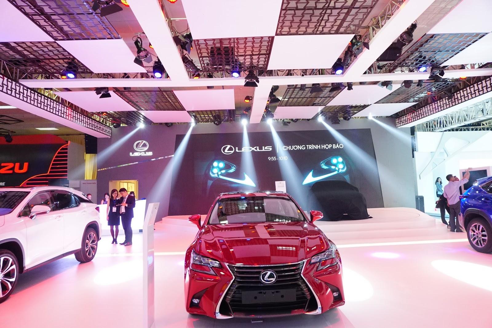 Gian hàng của Lexus, hãng xe hạng sang duy nhất năm nay
