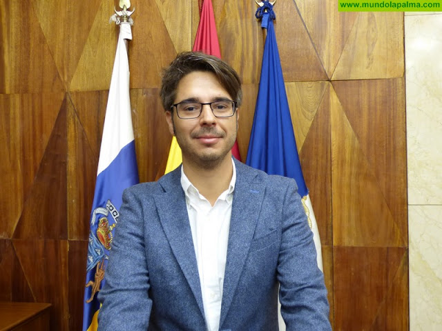 """Sergio Felipe: """"Nos parece irresponsable por parte de la Consejera de Educación del  Gobierno de Canarias, el anuncio de la formación en idiomas a distancia"""""""