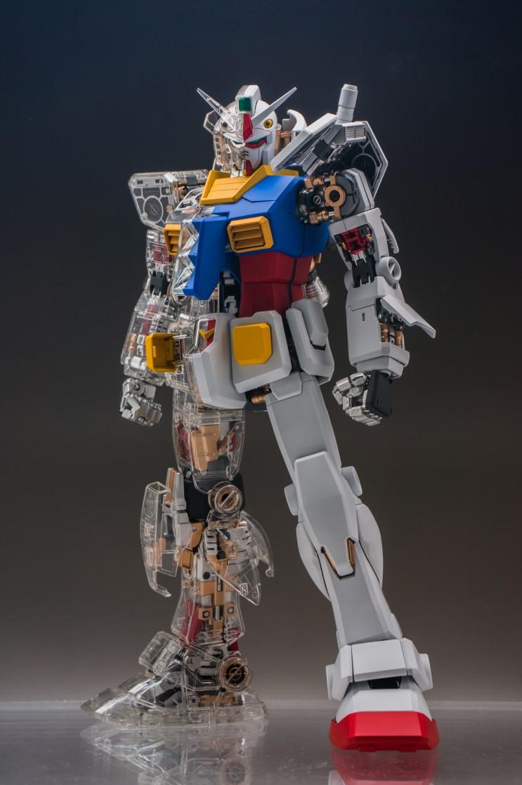 3e303ea9dbe Painted Build  PG 1 60 RX-78-2 Gundam Mechanical Clear ver. - Gundam ...