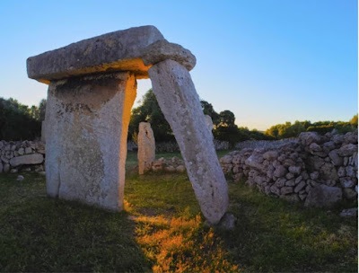 La modernidad de la prehistoria. Francisco Acuyo