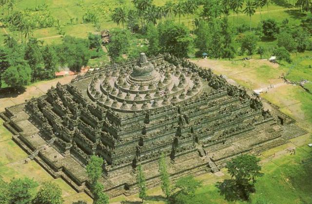 Belum Banyak yang Tahu, Ternyata ini Keindahan Rahasia di Bawah Candi Borobudur
