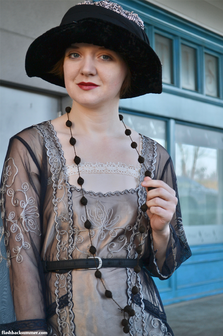 Flashback Summer: Early 1920s Ensemble Nataya blouse