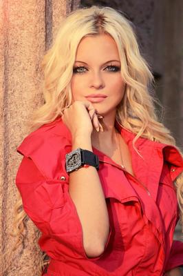 Blonde frauen kennenlernen Sie sucht Ihn | Frau sucht Mann | Singles aus Deutschland