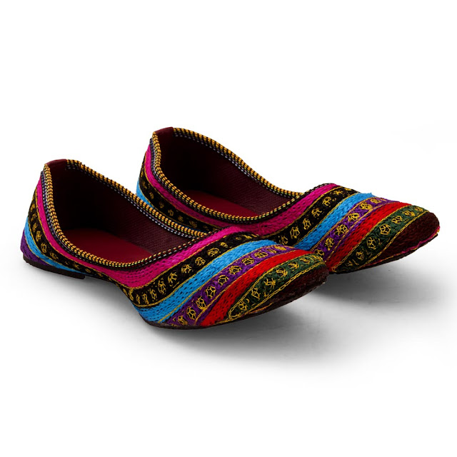 Slip Your Feet With These Pair Of Ethnic Footwear For Women