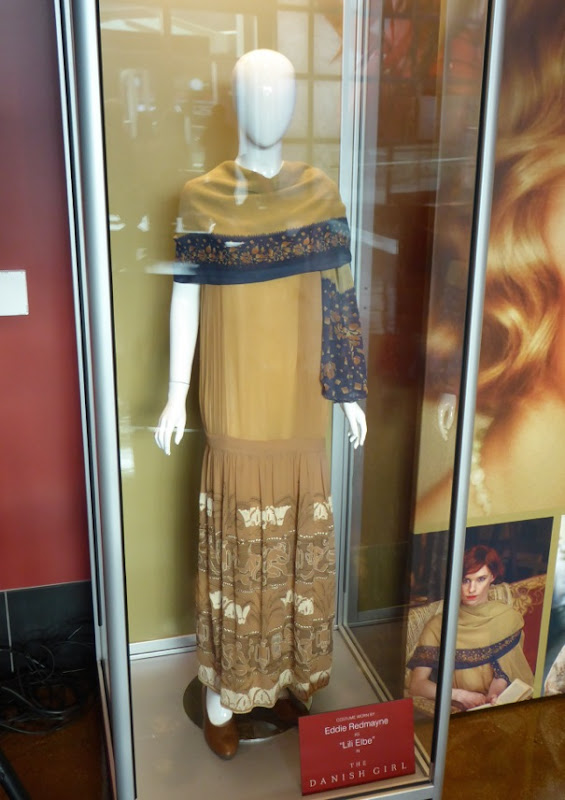 Eddie Redmayne The Danish Girl film costume