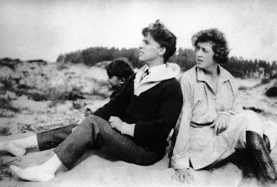 Чарли Чаплин, Клэр Шеридан и ее сын Дики