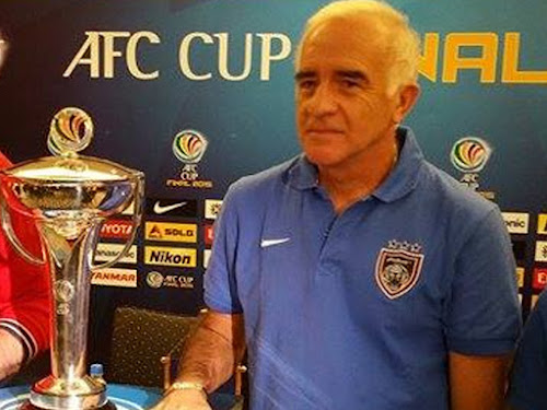 Profil Roberto Carlos Mario Gomez Pelatih Baru Persib