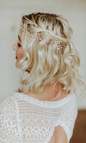 Coiffure cheveux mi court mariage