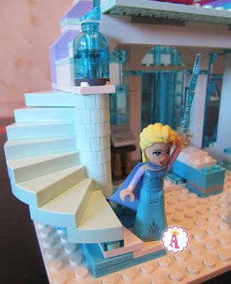 Лестница на второй этаж Lego Elsa Palace