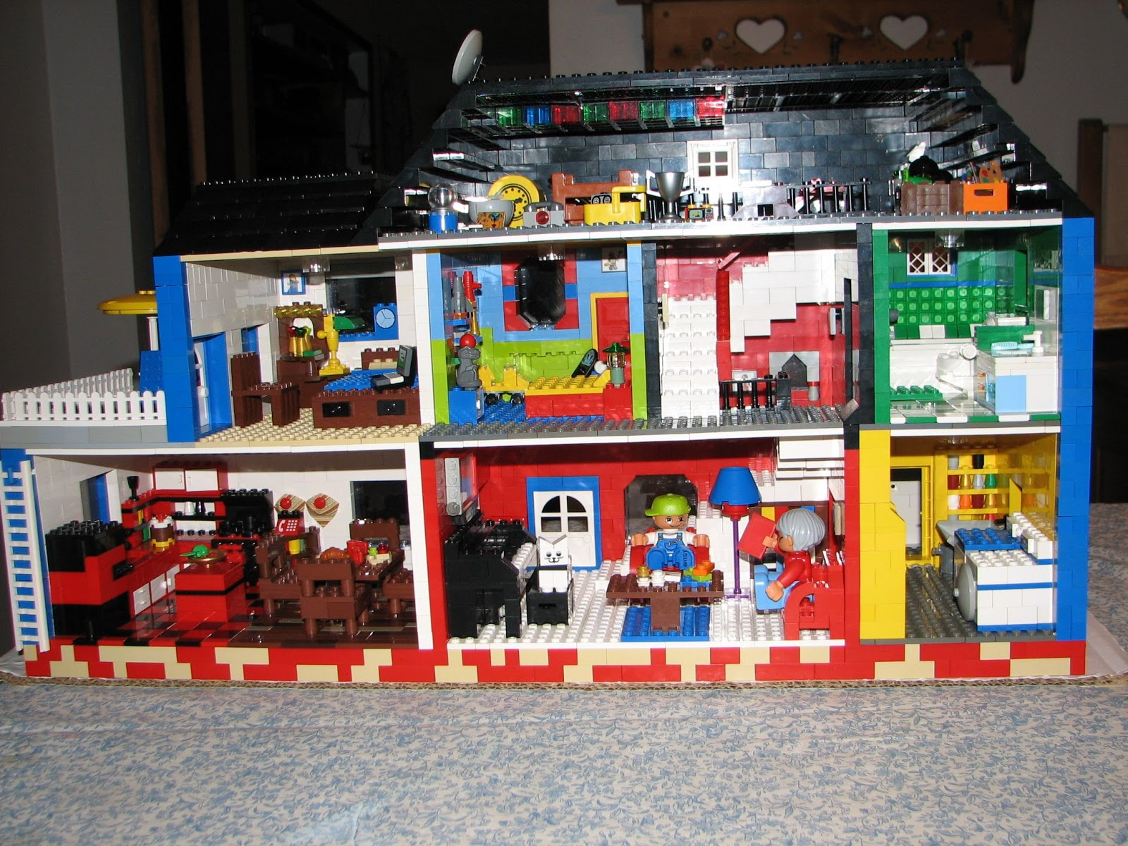 Gen Y Er On The Loose Lego Projects Quot Grandma S House Quot 2011