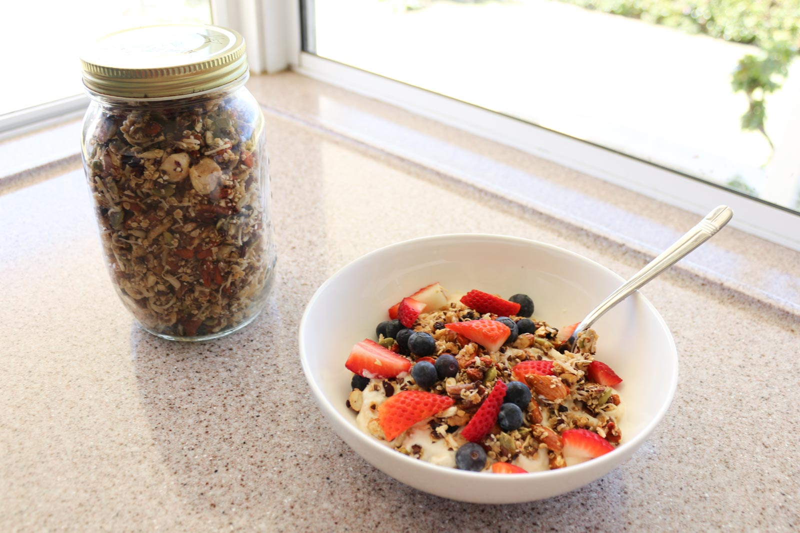 How I Make My Homemade Granola | Cate Renée