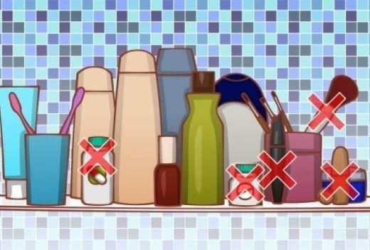8 вещей, которые нельзя хранить в ванной комнате