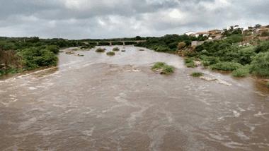 Chuvas elevam volume de água em açude no Cariri