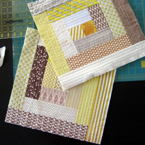 Quilt As You Go Log Cabin Block - Tutorial