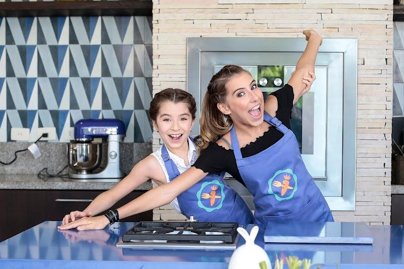 Morumbi Town Shopping recebe YouTubers do canal Cenoritas em aula de culinária aberta ao público