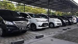 Uber Taxi Bandara Sultan M. Salahuddin Bima