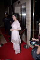 Ranbir Kapoor Alia Bhatt and others at Red Carpet Of 4th Edition Lokmat Maharashtrian Awards 2017 044.JPG