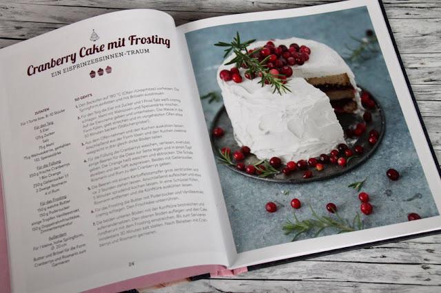 "Sweet & Easy - Enie backt: Rezepte zum Fest - Süßes Rezept ""Cranberry Cake mit Frosting"""