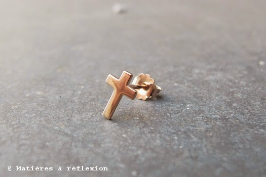 boucles croix Feidt Paris or rose