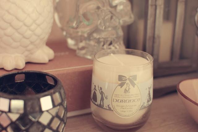mon petit fourbi blog lifestyle beaut bio photos livres les bougies durance mourance. Black Bedroom Furniture Sets. Home Design Ideas