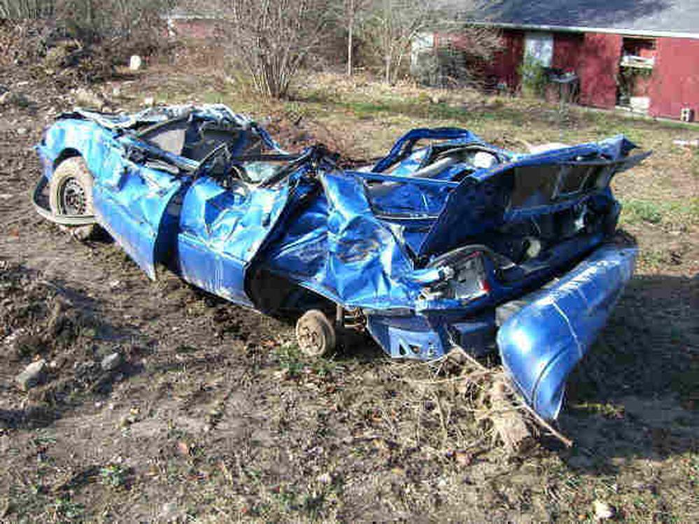 Car Wrecks: Fatal Car Accident Photos: Bad Car Accident Pics