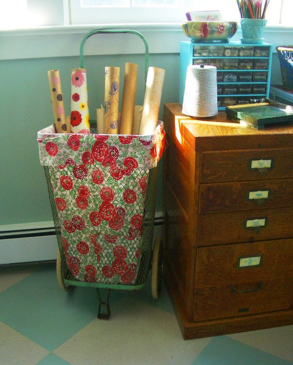 Vintage shopping cart - lined and used as wallpaper storage - 24 Amazing Storage Ideas That You Will Freakin' Love!