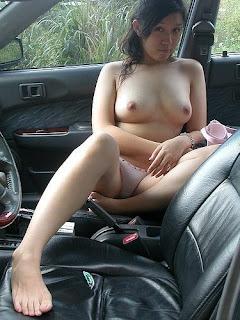 Janda Bugil Di Mobil